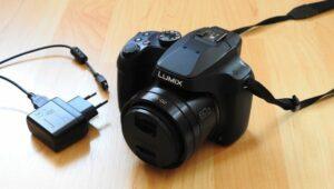 Panasonic Lumix DC-FZ82 Bridgekamera mit Ladegerät