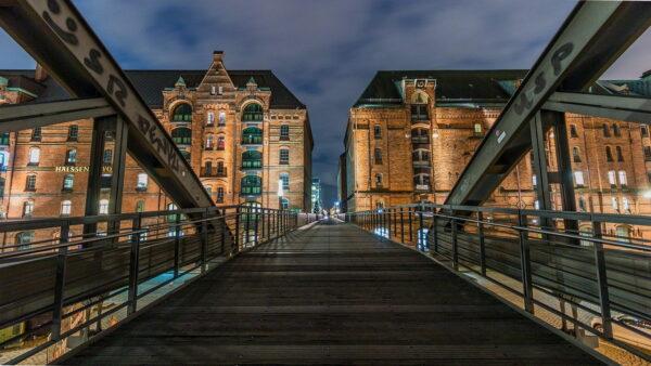 Architekturfotografie Brücke Gebäude