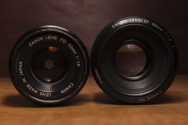 50 mm Festbrennweiten mit unterschiedlich weit geöffneter Blende